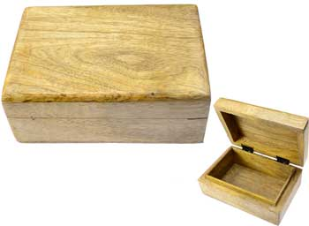 "Natural wood box 4"" x 6"""